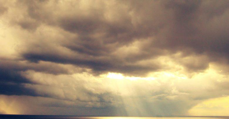 Piogge sparse su ioniche e nevicate a quote medio alte