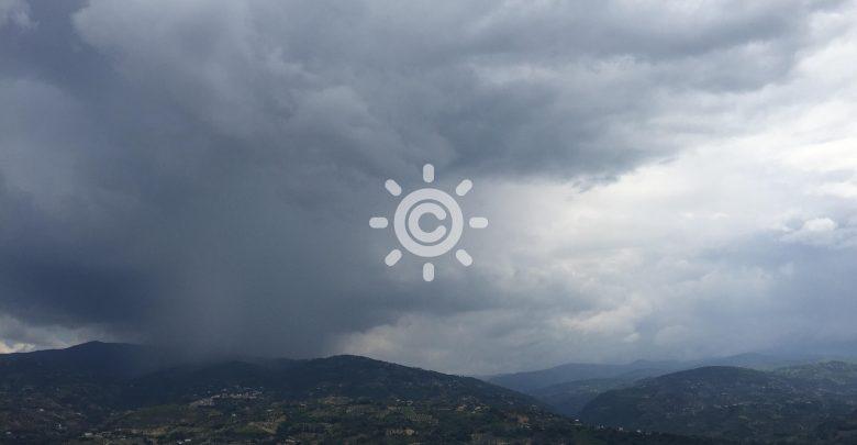 Break estivo imminente: domani tornano piogge sparse e clima più fresco