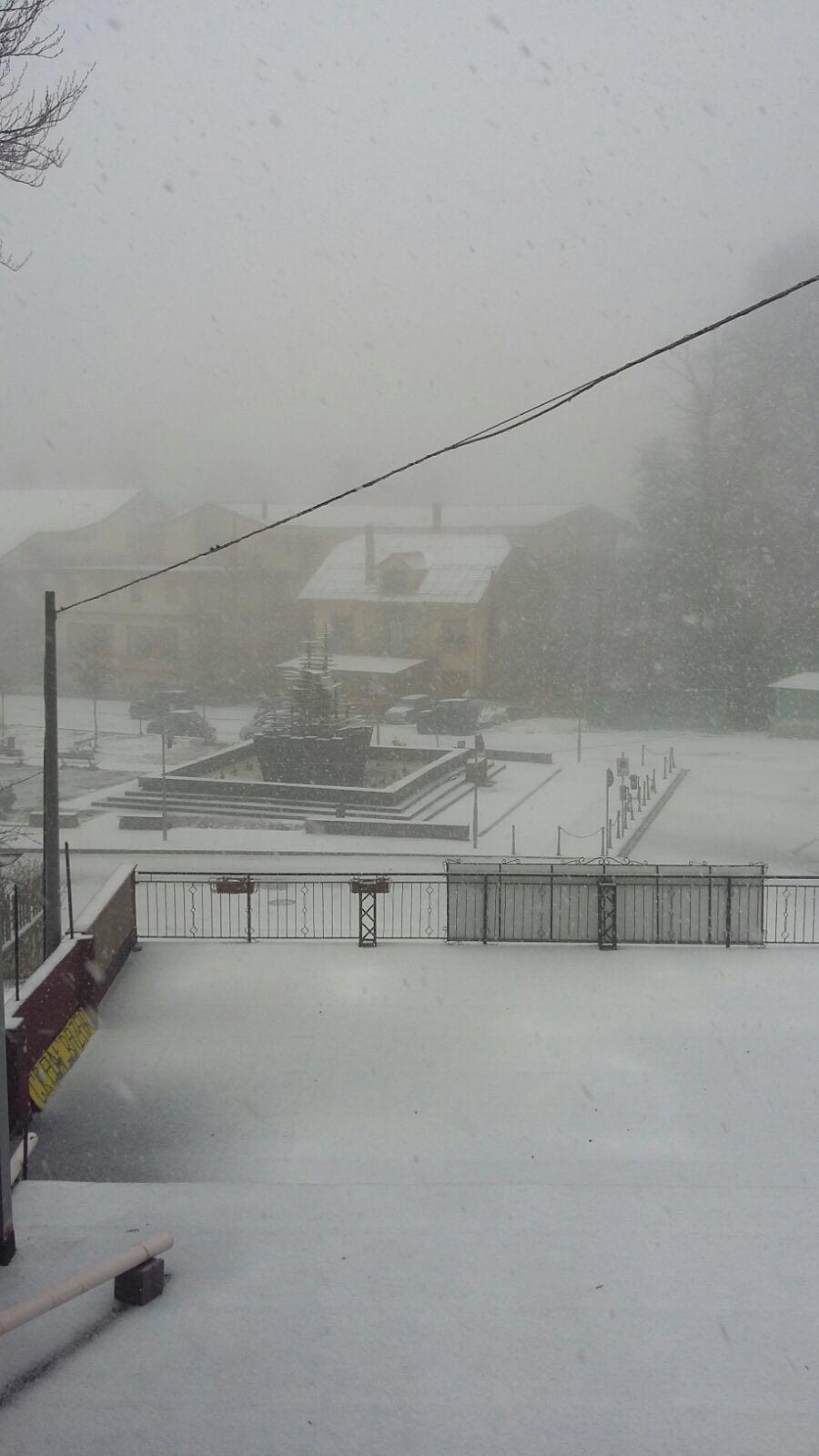 Aggiornamento delle 17: temporali, grandinate, neve oltre i 1000 m...