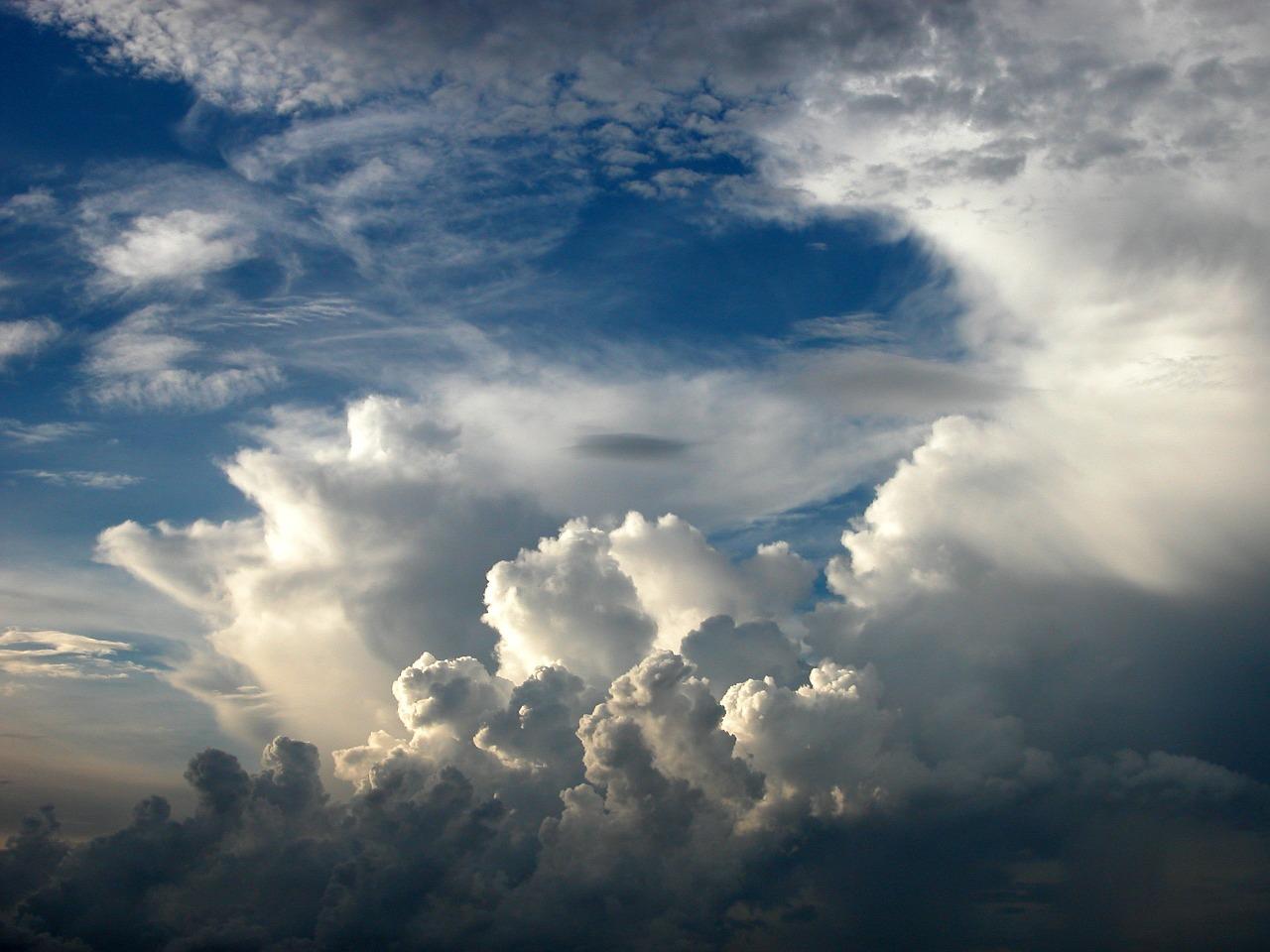 Calo termico generalizzato, si accende qualche temporale nell'interno