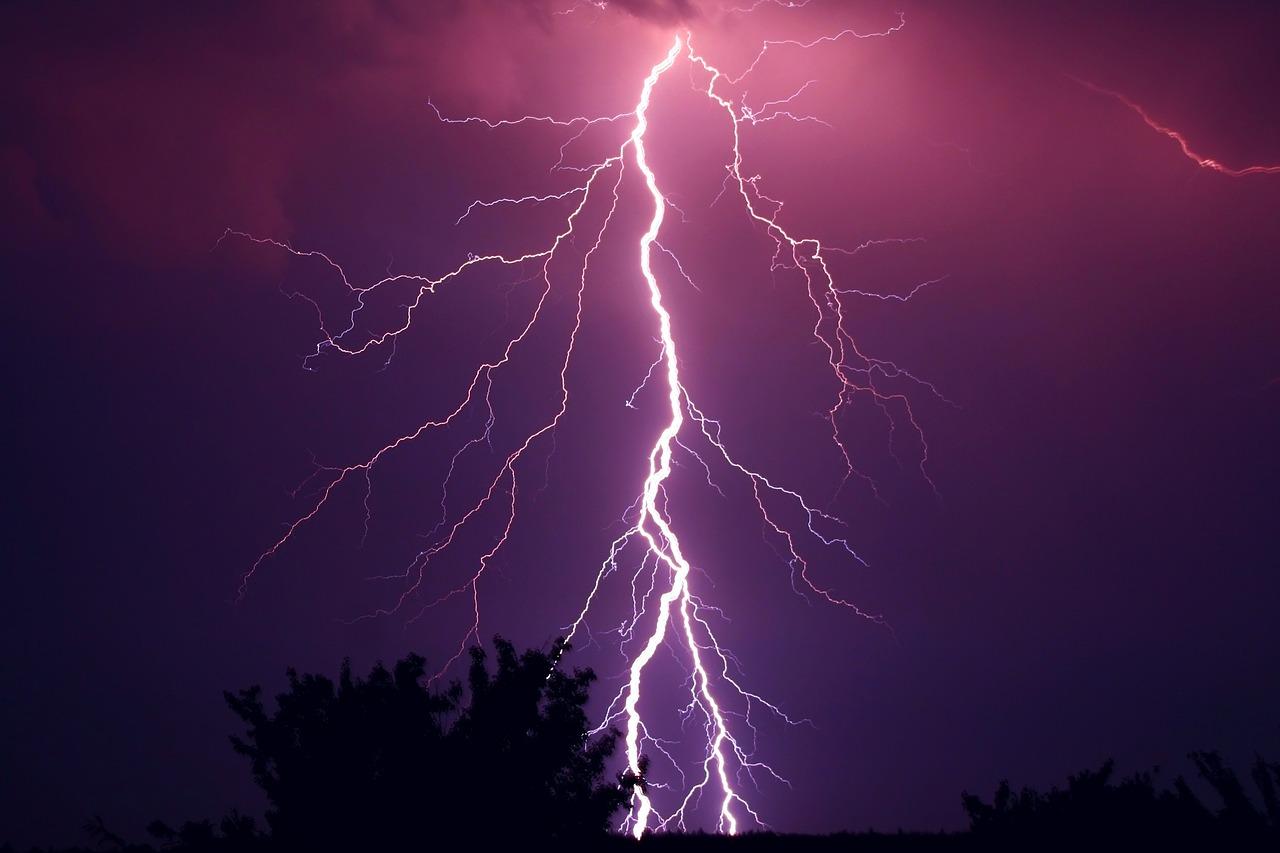 Il tempo di giovedì e venerdì: instabilità in aumento sui settori ionici
