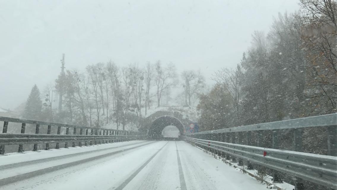 Imbiancate molte zone di bassa quota, blizzard sulla Sila, e non è finita qui!!