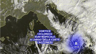 Ciclone subtropicale vicino la Calabria: piogge intense in atto sul crotonese e basso Ionio cosentino...
