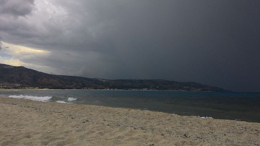 Dopo un weekend con nubifragi, continuerà l'instabilità sulla Calabria