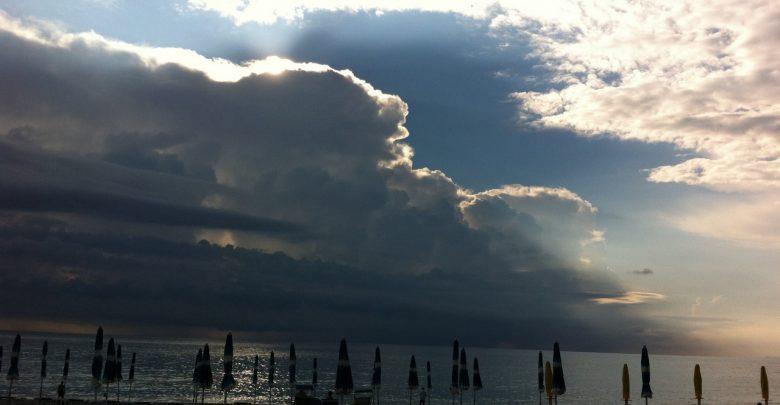 Lunedì e martedì sulla Calabria: variabilità diffusa e clima mite