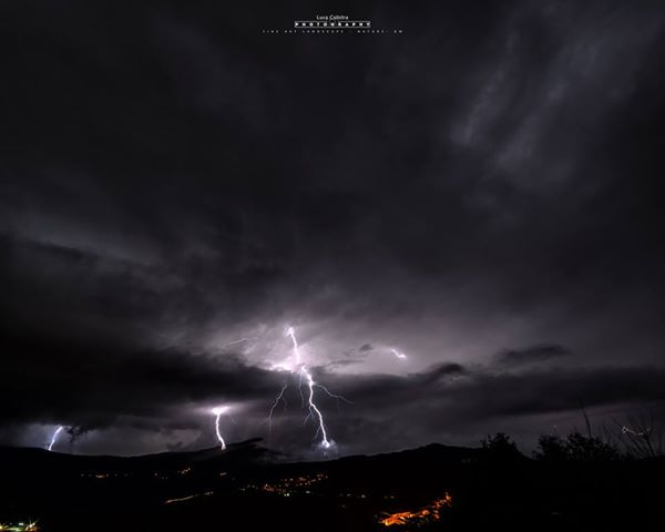 Intensi nubifragi in Calabria: superati localmente i 300 mm!!!!