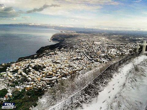Venerdì clou del freddo, neve fin sulle coste (Reggino in pole)