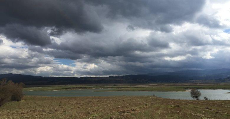 Spiccata variabilità, con locali piogge sui settori tirrenici
