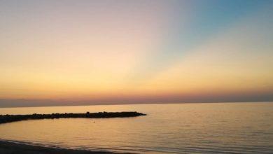 tramonto sereno mare