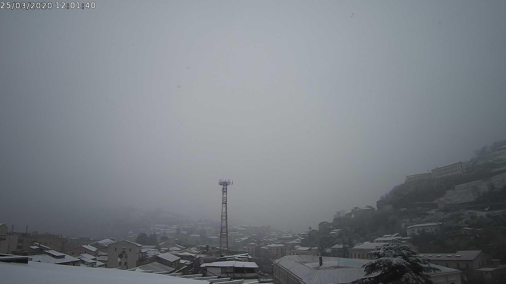 Cosenza neve 25 marzo 2020