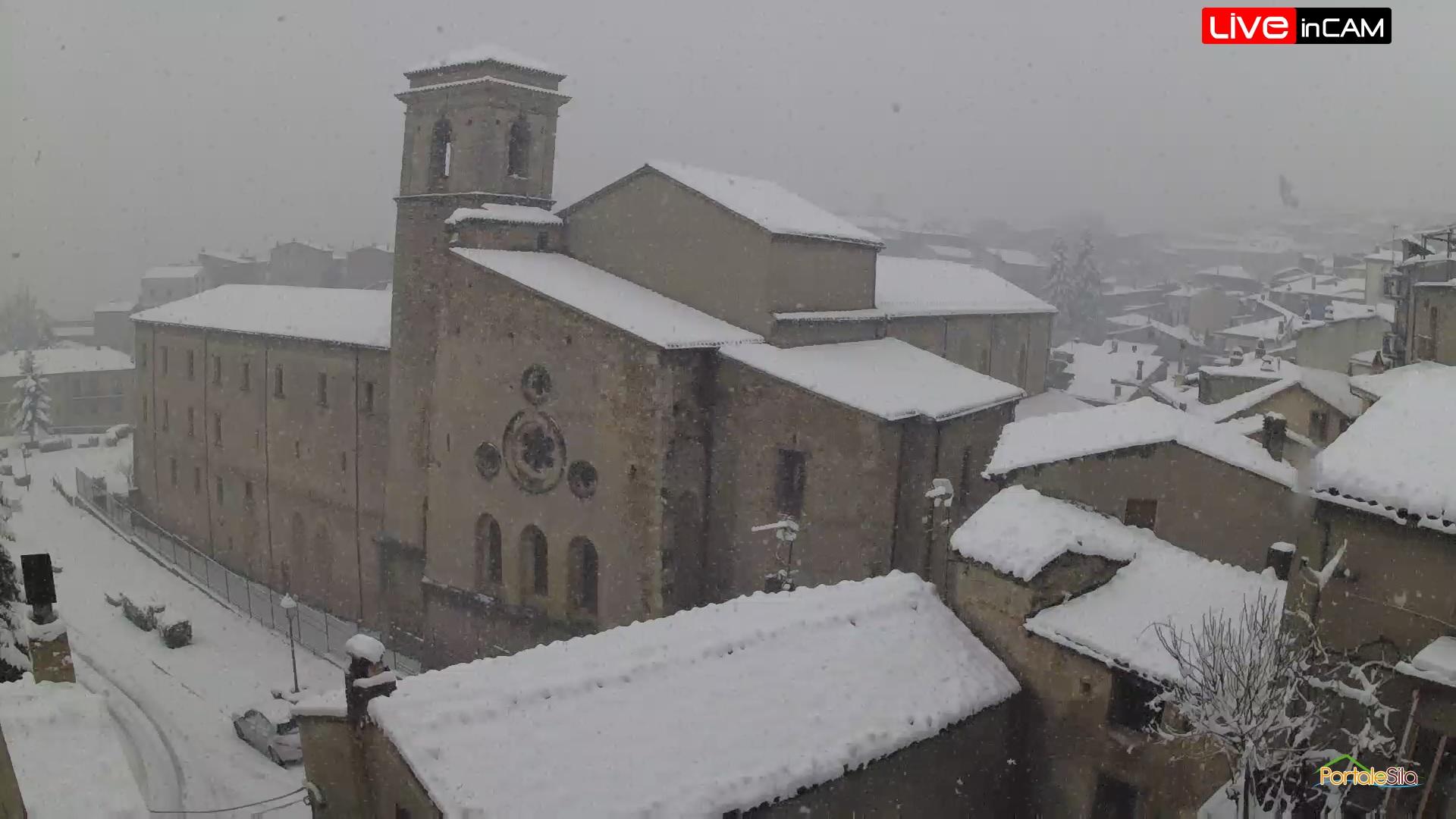 San Giovanni in Fiore neve 25 marzo 2020