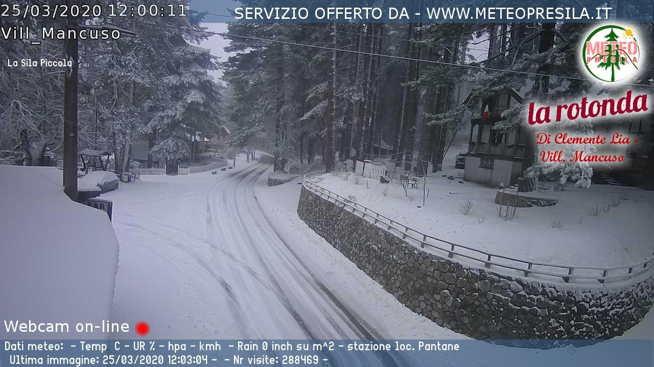 Villaggio Mancuso neve 25 marzo 2020