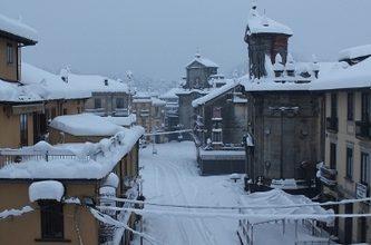 Inizio di settimana molto freddo con locali nevicate